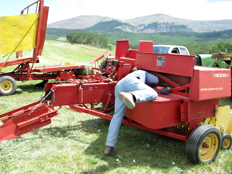 Paul Vickers Troubleshooting New Holland Hay Bailer