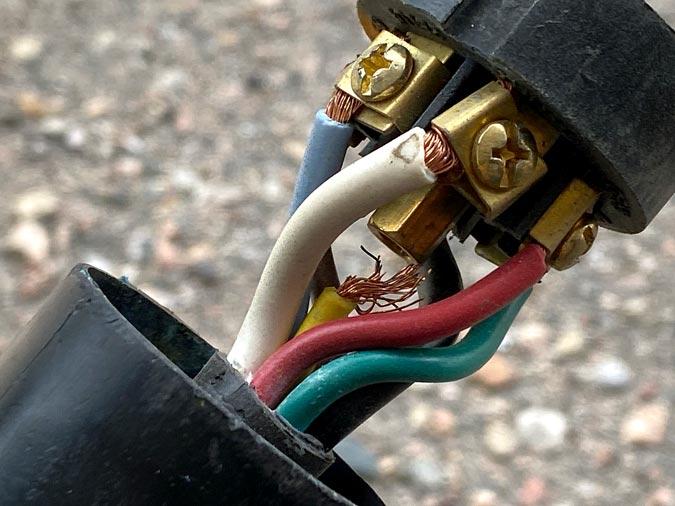 trailer cord plug