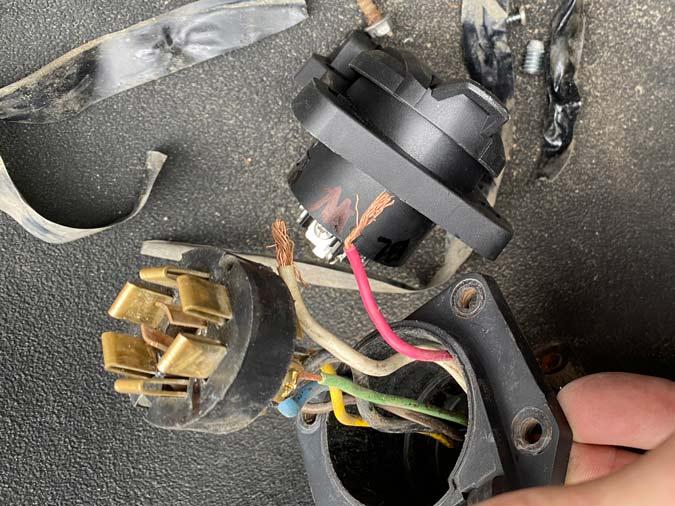 trailer cord socket