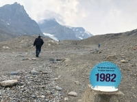 Columbia Icefields Athabasca Glacier History Marker
