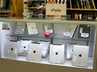 Cheap iPads at Unclaimed Baggage Center Scottsboro, AL