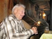 Perk Vickers tells tales at Friday Ranch Burger Cookout