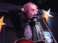 Ray Wylie Hubbard Performs Alpine Artwalk Benefit