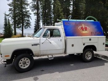 royal flush honey wagon truck