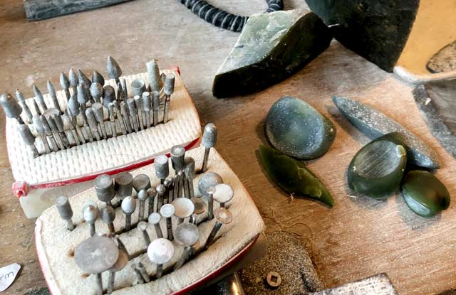 Jade City Artisans at CAssiar Mountain Jade Store British Columbia