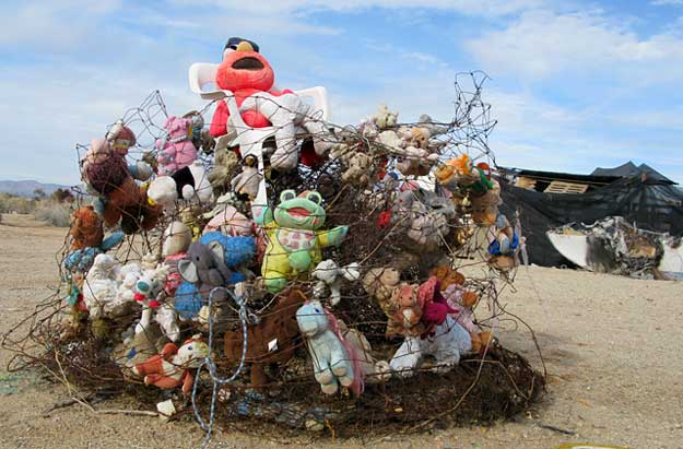 Slab City Trash Art