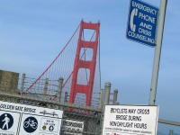 golden gate bridge jumper crisis hotline phone