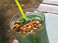 Super Green Muck Spirulina Smoothie with Homemade Granola