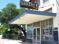 Naeglins Bakery new Braunfels Texas
