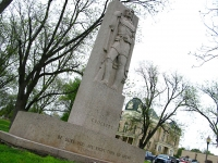Davey Crockett Memorial Statue Ozona, Texas