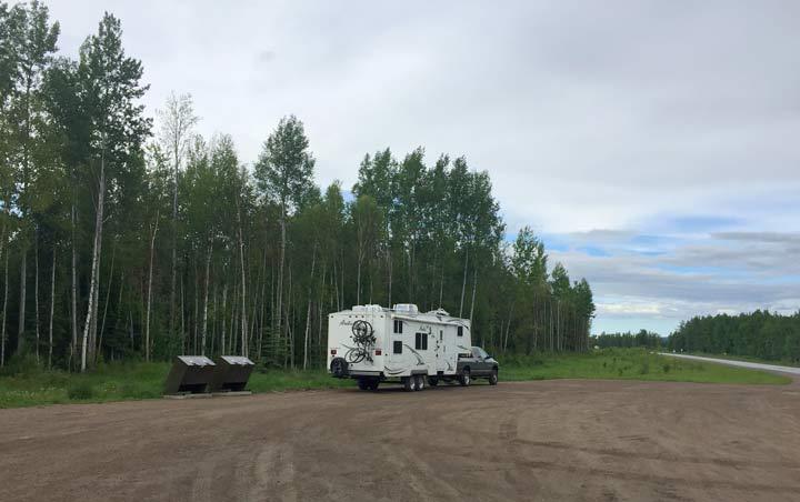 Alaska Highway pullout boondocking