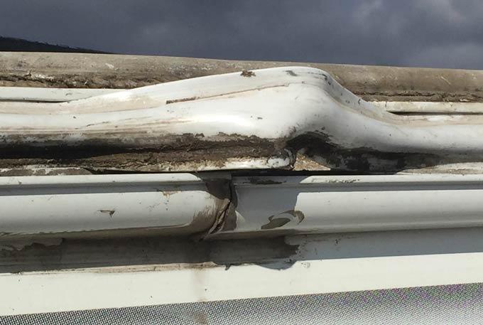RV roof molding