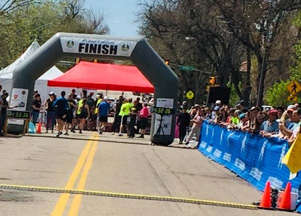 colorado marathon finish line