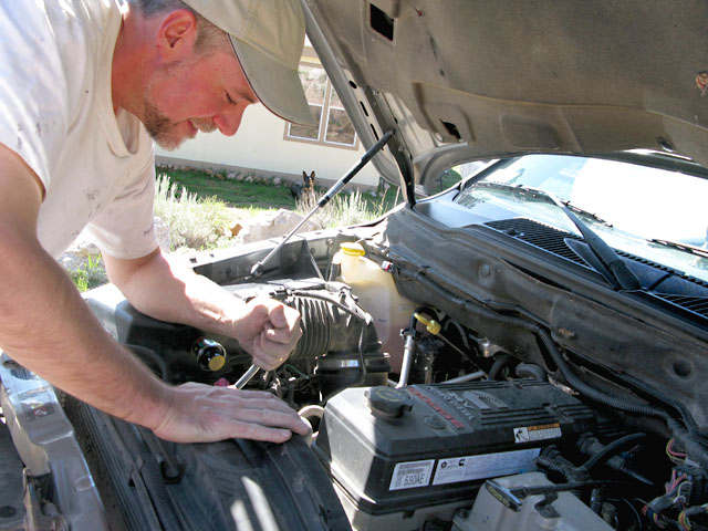 Jim Replaces Dodge Ram 2500 4WD Cummins Alternator