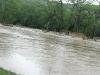 20100416w_flood-river02