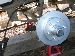 Titan Trailer Disc Brakes Installation, Hubs Mounted