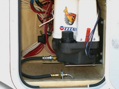 Titan Trailer Disc Brakes Installation, Brakerite Hydraulic Actuator