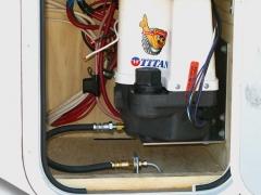 Titan Trailer Disc Brakes Installation, Brakerite Hydraulic Actuator