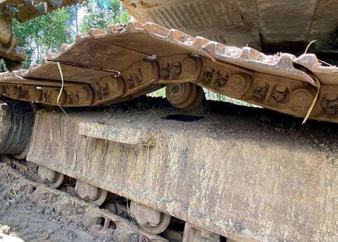 Excavator Track Repair