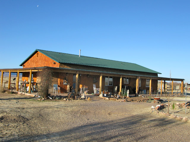 caretaking at Arizona straw bale ranch house