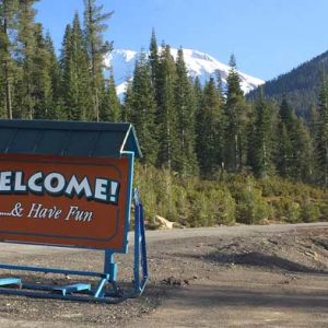 Mt-Shasta-Ski-Park-Welcome-Sign