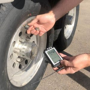 Checking-TPMS-Sensors-at-Houska-Tire
